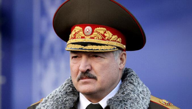 Лукашенко заявил, что никого не боится и что ему нечего стыдиться