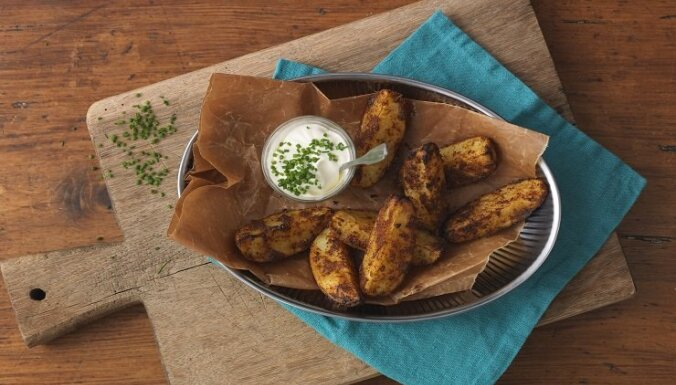 Zeltainas kartupeļu daiviņas 'Tex Mex' gaumē