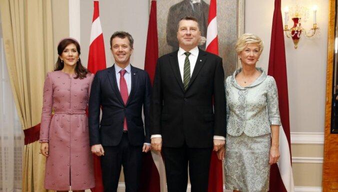 ФОТО: Визит датской королевской четы в Ригу