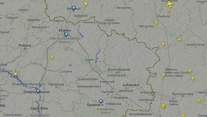 Lidsabiedrības paziņo par lidojumu pārtraukšanu virs konflikta reģiona Ukrainā