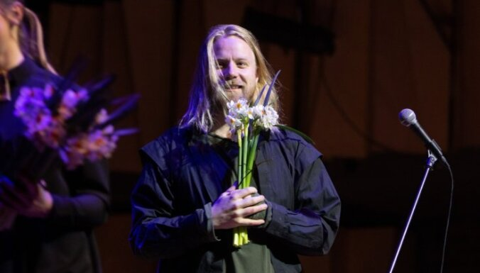 Foto: Cēsīs izskanējis islandiešu mūziķa Högni koncerts