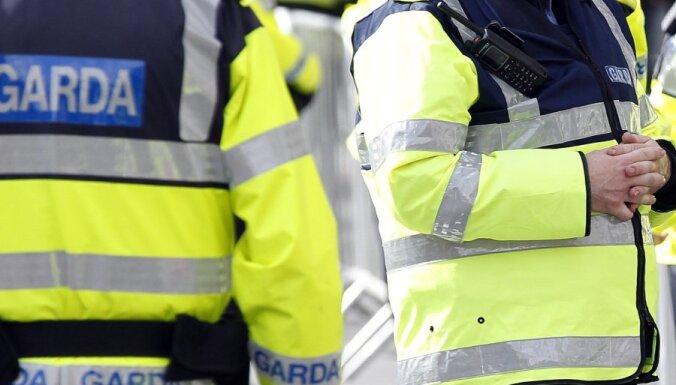 Дублин: в грузовой фуре из Латвии нашли 8 миллионов контрабандных сигарет