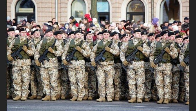 Латвийская армия не может прокормить генералов