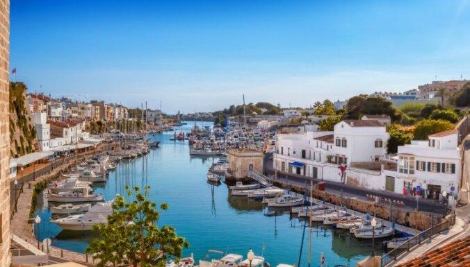 Туризм в условиях COVID-19: как европейцы проведут это лето?