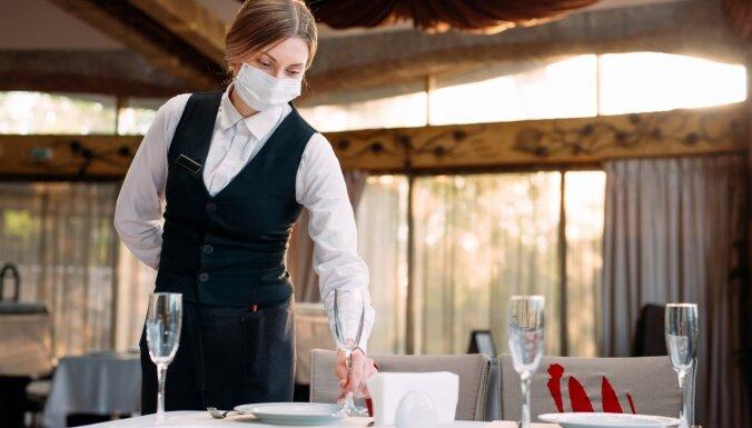 Pandēmija dramatiski ietekmē restorānu dzīvi