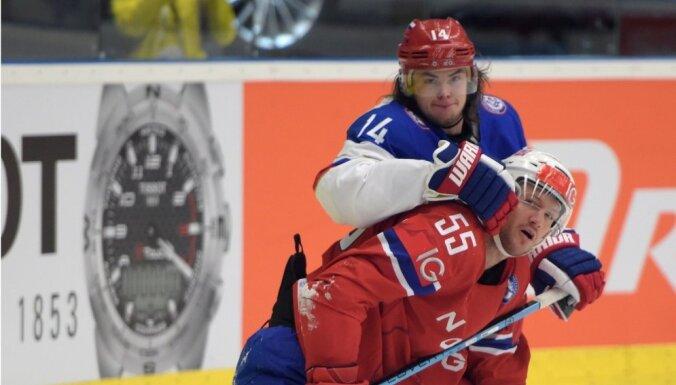 ВИДЕО: Сборная России защиту титула начала с победы над норвежцами