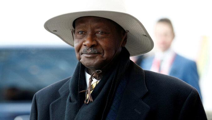 'Facebook' slēdzis vairākus ar Ugandas valdības amatpersonām saistītus profilus