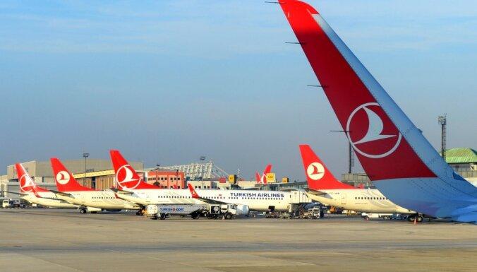 Atcelti sestdienas vakarā paredzētie 'Turkish Airlines' reisi uz un no Stambulas