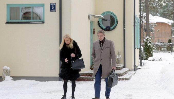 Kratīšana pie Ušakova veikta 'Rīgas satiksmes' iepirkumu lietā