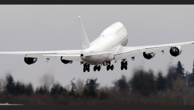 Италия: пассажир выпрыгнул из самолета за секунды до взлета