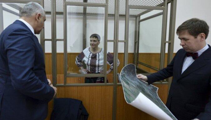 Savčenko sola pārtraukt badastreiku, kad būs atgriezusies Ukrainā