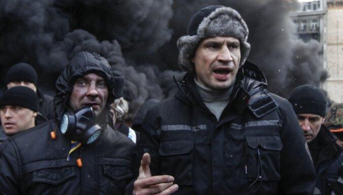 Кличко: отставки Азарова мало, нужна отставка Януковича