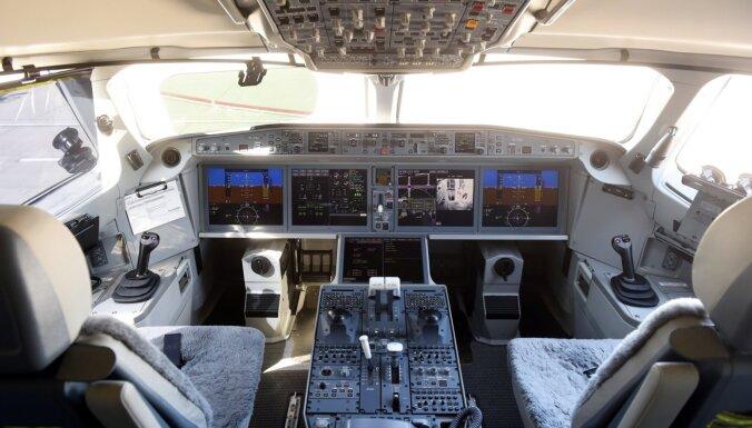 Пассажирский самолет из Ирана был вынужден сесть на базе России в Сирии