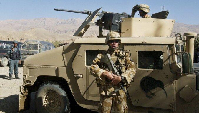NATO: Afganistānā tiek gūta uzvara karā pret talibiem