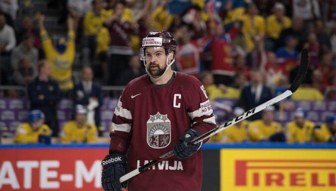 Daugaviņš uz Slovākiju nedosies, Hārtlijs galīgo sastāvu vēl nenosauc