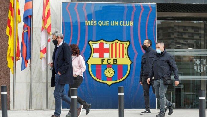 'Barcelona' birojā policija veic kratīšanu; arestēts bijušais prezidents Bartomeu