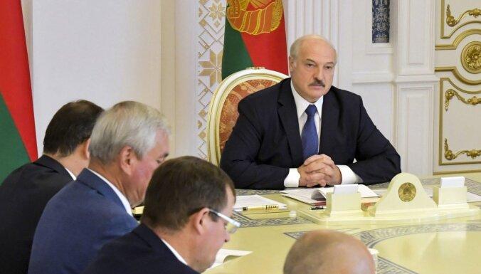 Латвия запретит въезд 30 белорусским должностным лицам