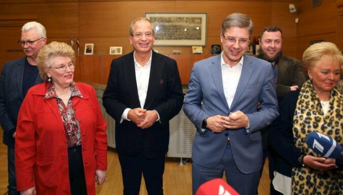 'Saskaņieši' Rīgas domē uz Ušakova kandidēšanu EP vēlēšanās raugās pozitīvi