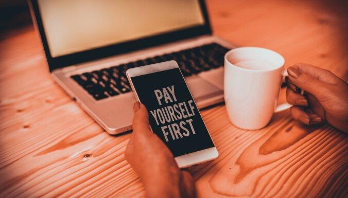 Vispirms samaksā sev. Kā iemācīties krāt, ja ir pierasts dzīvot no algas līdz algai?
