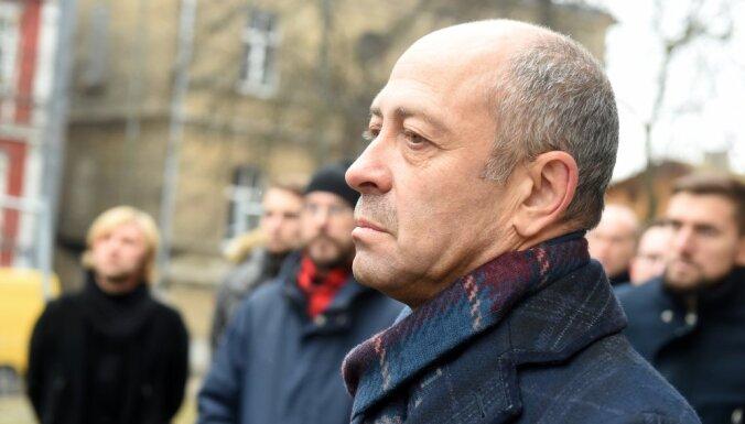 Буров: Рижская дума должна налаживать отношения с министерствами