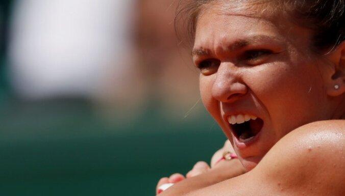 Savainojuma dēļ Halepa nepiedalīsies 'French Open'