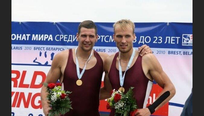 Airētāji Šīre/Adamaitis kļūst par pasaules U-23 čempioniem