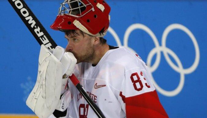 Российские хоккеисты сенсационно проиграли Словакии в первом матче на Олимпиаде