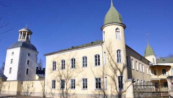 Piecas pilis Latvijā, kas piedāvā izstaigāt savas greznās telpas virtuāli