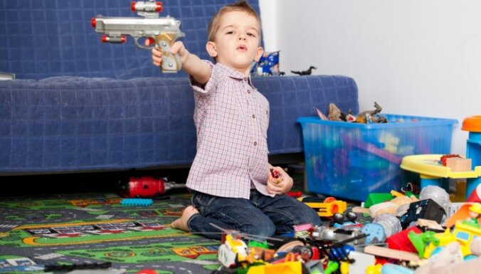 ФОТО. Почему важно мыть руки: 186 предметов, к которым ваш ребенок прикасается за день