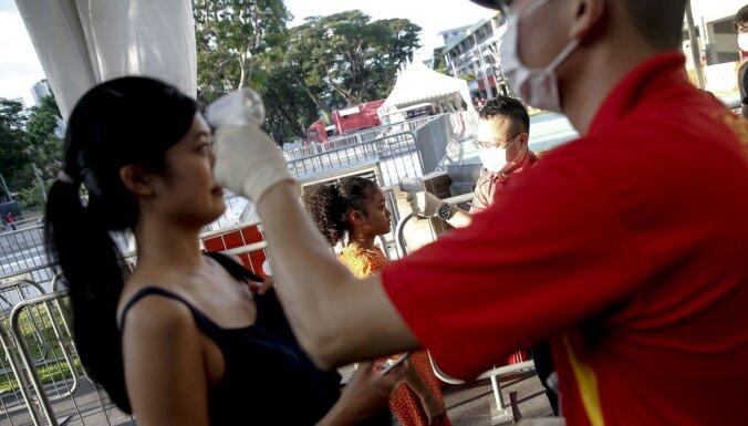 Koronavīruss: Singapūrā aizliegts iebraukt ķīniešiem