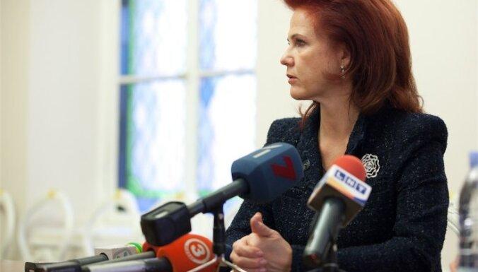 'Vienotība': grozot Satversmi valodas jautājumā, mēs grozītu Latvijas vēsturi