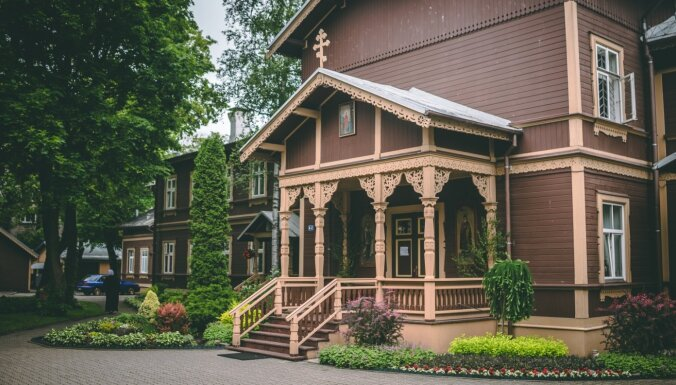 Foto: Ekskursija pa Rīgas Sv. Trijādības-Sergija sieviešu klosteri