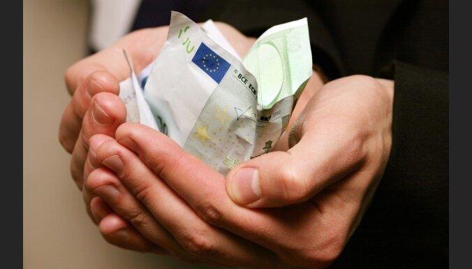 Латвия надеется получить от Эстонии 100 млн. евро