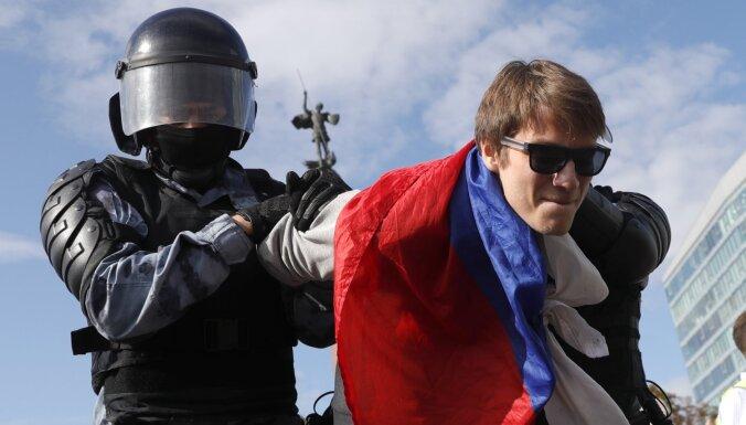 Trešdaļa maskaviešu atbalsta pilsētā notiekošās protesta akcijas