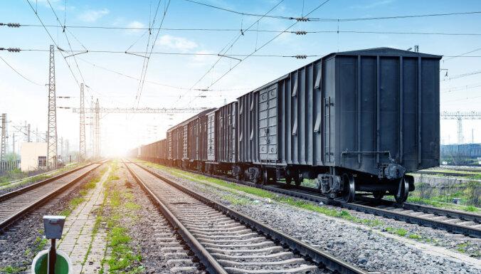 Deviņos mēnešos pieaudzis Latvijas ostu, dzelzceļa un aviācijas kopējais kravu apgrozījums