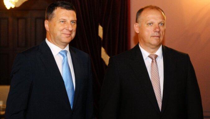 Prezidents un aizsardzības ministrs pateicas mazā Rūdolfa meklēšanā iesaistītajiem