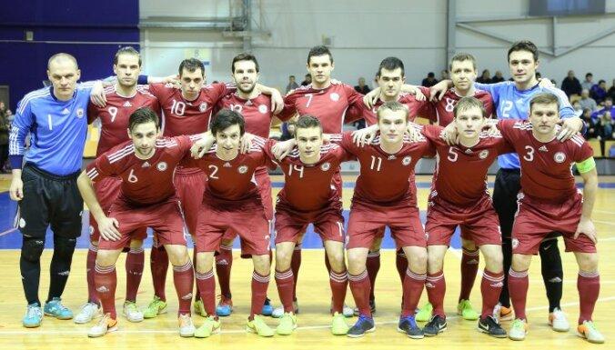 Сборная Латвии выиграла первый этап отбора на чемпионат мира по футзалу