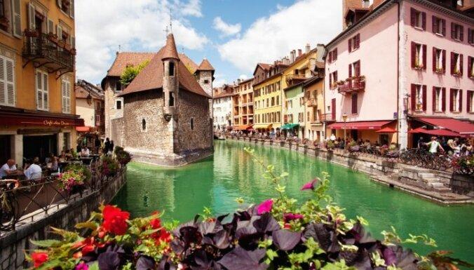 Atstājot Parīzi otrajā plānā: astoņas šarmantas pilsētas skaistajā Francijā