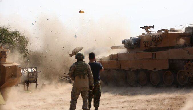 Notikusi pirmā sadursme starp Turcijas un Sīrijas armijām