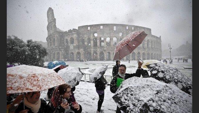 Берлускони отдал Колизей в аренду за 25 млн. евро