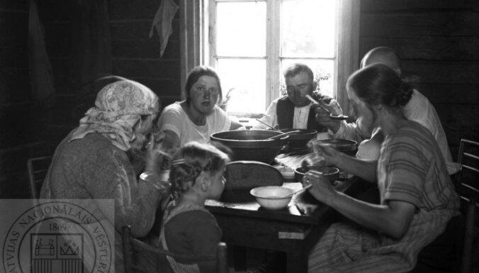 Ko latvieši ēda senāk? Pieci stāsti par mūsu senču ēšanas paradumiem