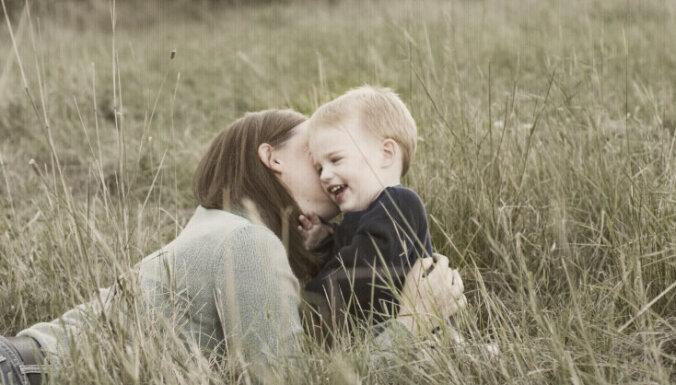 Akcijā sniegs psiholoģisku atbalstu vecākiem, kuri bērnus audzina vieni