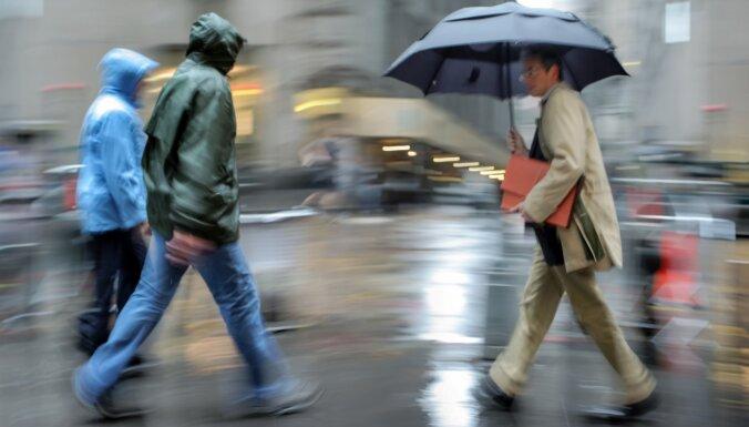 В субботу по всей стране ожидается дождь, местами - сильный