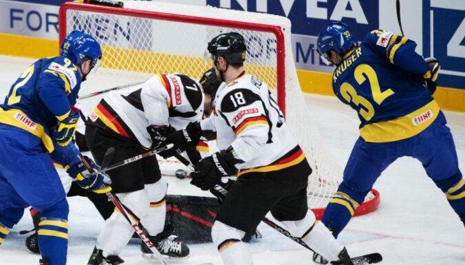 Vācijas hokeja izlasē PČ spēlēs divi spēlētāji no NHL