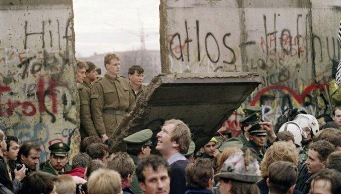 Berlīnes mūra krišanas 30.gadskārtu Vācijā atzīmēs ar pasākumiem gada garumā