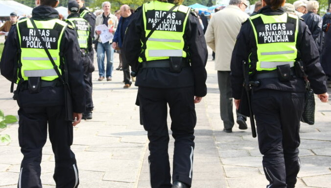 В Рижской муниципальной полиции сократят 25 штатных мест