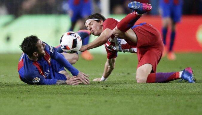 Barcelona Lionel Messi vs Atletico Filipe Luis