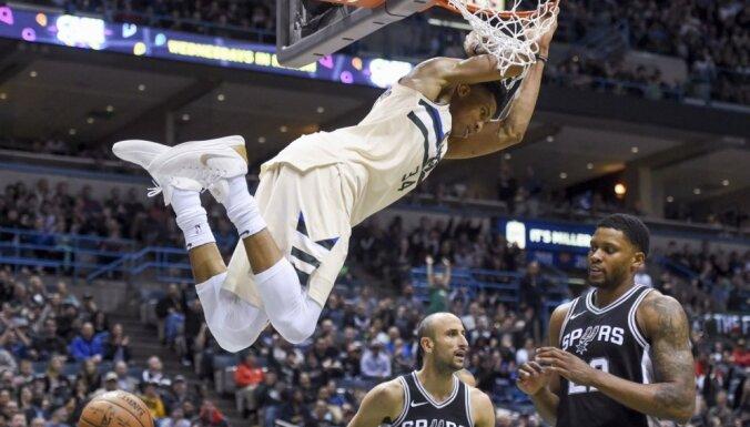 Bertānam minimāls spēles laiks; pārtrūkst 'Spurs' uzvaru sērija