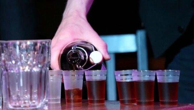 Jelgavas domes alkohola lieta: atlaistā darbiniece pārsūdzējusi tiesas lēmumu