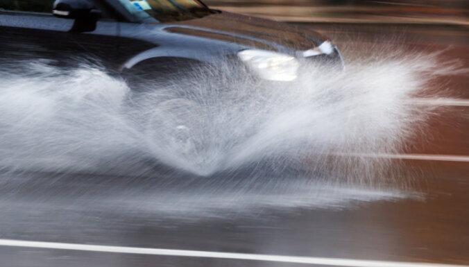 В Латвии начинается период дождей, к середине июля выпадет месячная норма осадков